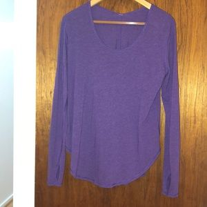 LuuLemon long top/long sleeve, scoop neck like new